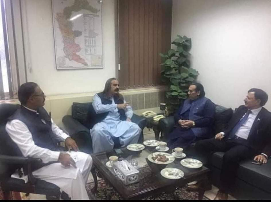 What GB election commissioner doing with Gandapur? Governor GB also present.