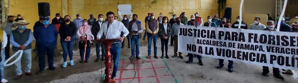 En Papantla exigen Justicia para la Alcaldesa de Jamapa Florisel Ríos Delfín y Alto a la Represión Política. Donde queda aquel dicho solo Veracruz es bello, cuando sufre tanta VIOLENCIA.  #JusticiaYa #YoSoyFlorisel https://t.co/mSlW4xaosn