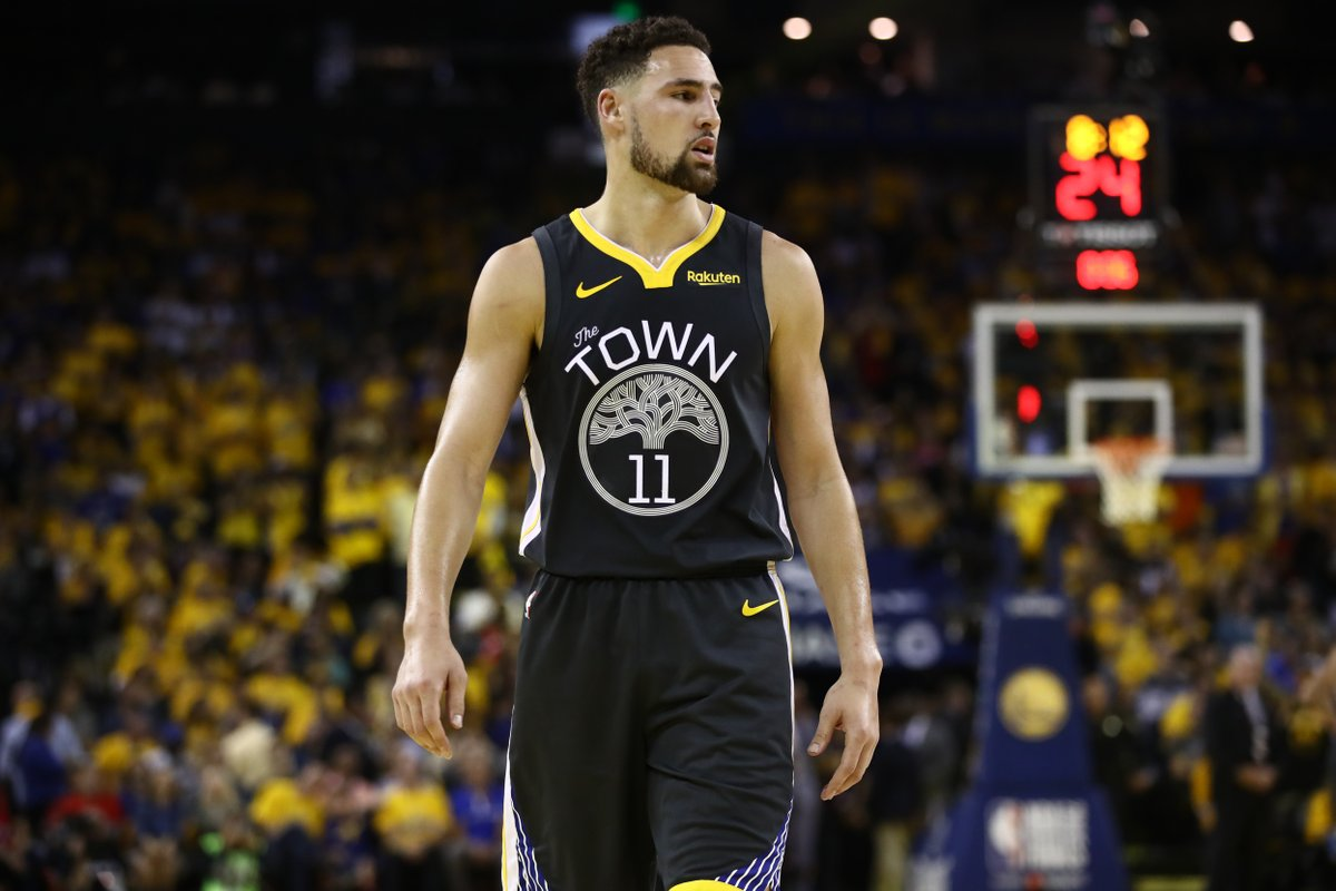 """""""The fear"""" is that Klay Thompson has suffered a significant Achilles injury, per @ChrisBHaynes"""