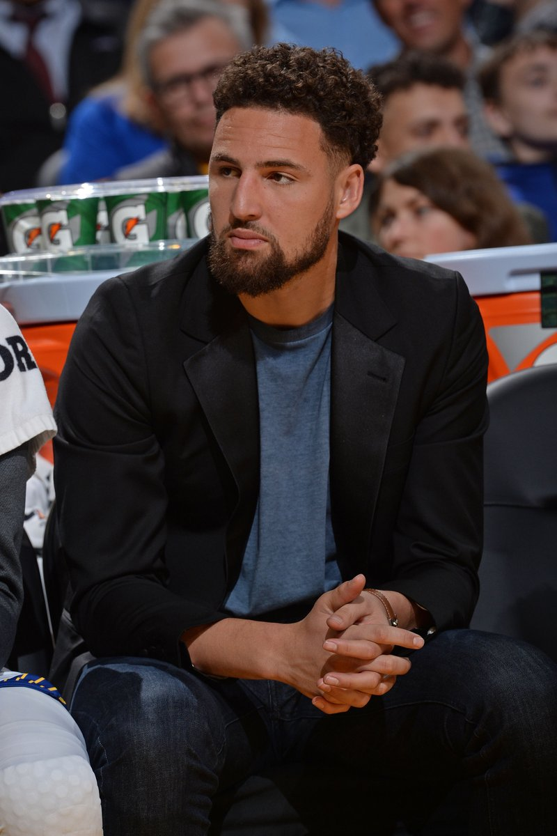 Klay Thompson has suffered an apparent lower leg injury today, per @ShamsCharania  He will undergo tests to determine the severity 🙏