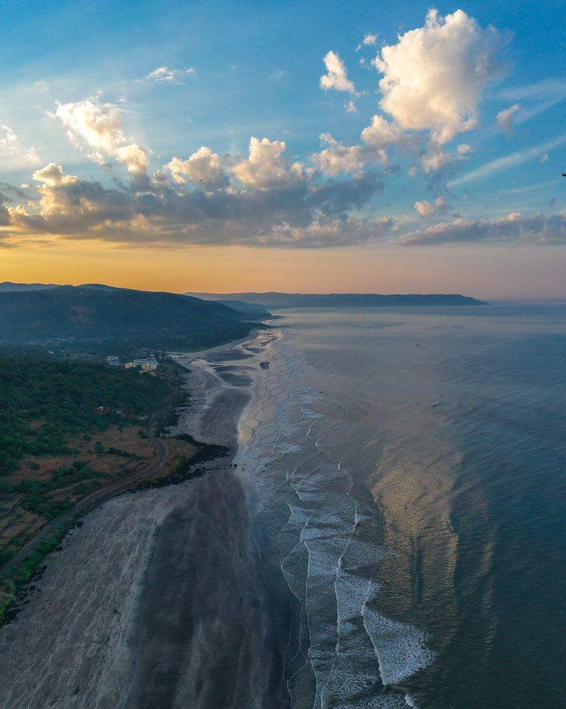 #hellofrom The Konkan Coast #goodmorning #beachlife #sunrise #sky #sea #morning #india