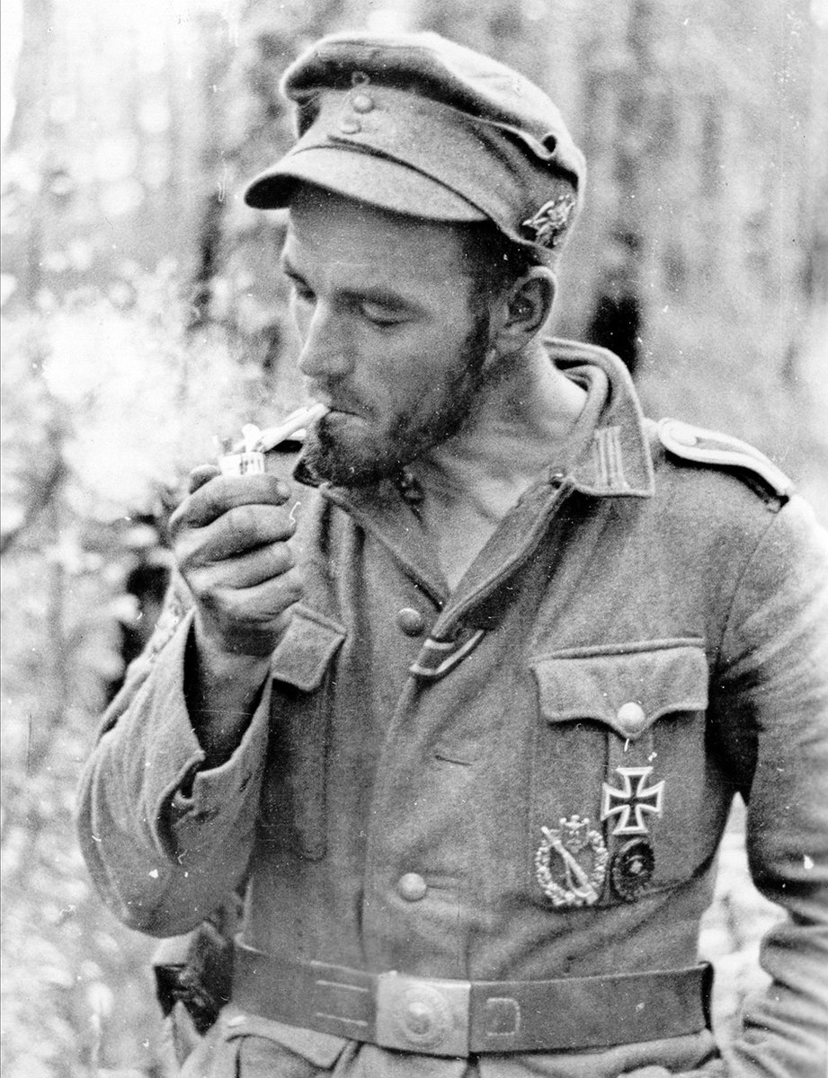 Image result for ww2 GERMAN SOLDIER WITH BELT BUCKLE