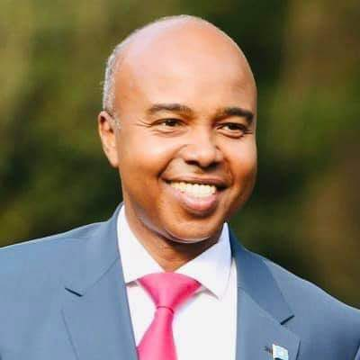 """Harun Maruf's tweet - """"The new FM of Somalia: Mohamed Abdirazak Mohamud Abubakar. A former chief of staff to President Abdullahi Yusuf, adviser to former UN envoy Ahmedou Ould-Abdalla and country director"""