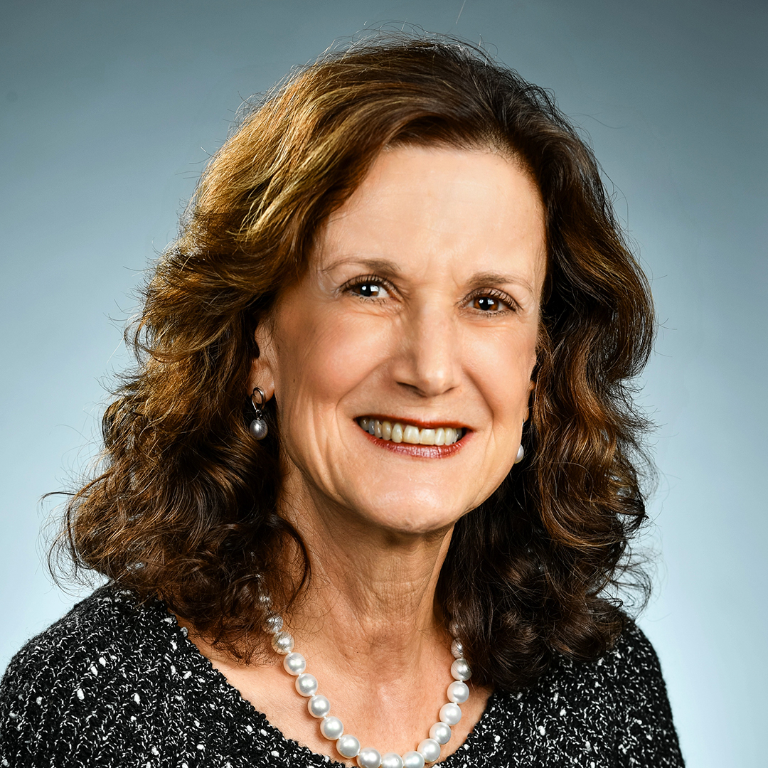Congratulations to Hazel Davis, a longtime Faculty Chair at Rio Salado College, who was approved for Faculty Emeritus status during a recent Maricopa Community Colleges Governing Board meeting. 🤩🎉 Read more about her distinguished service to Rio Salado. https://t.co/WO5wpXxEQX https://t.co/DutdMpvCmJ