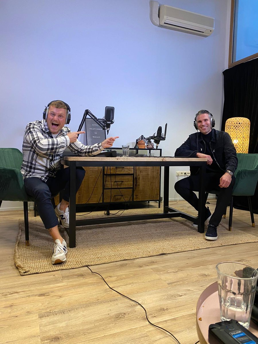 Thanks for having me Kaj 👊 Had a great chat (1,5 hour..) about football, life and much more! I always liked your work and really enjoyed being part of your podcast as well. Check out my Fleets for an impression of our vibes today 🤣 Podcast dropping soon 👌 📸 @worldofoger