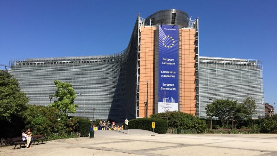 Comisia Europeană a transmis că îşi reafirmă hotărârea de a combate abuzul sexual asupra copiilor cu ajutorul tuturor instrumentelor de care dispune, cu ocazia Zilei europene privind protecția copiilor împotriva exploatării sexuale și a abuzurilor sexuale #EndChildSexAbuseDay