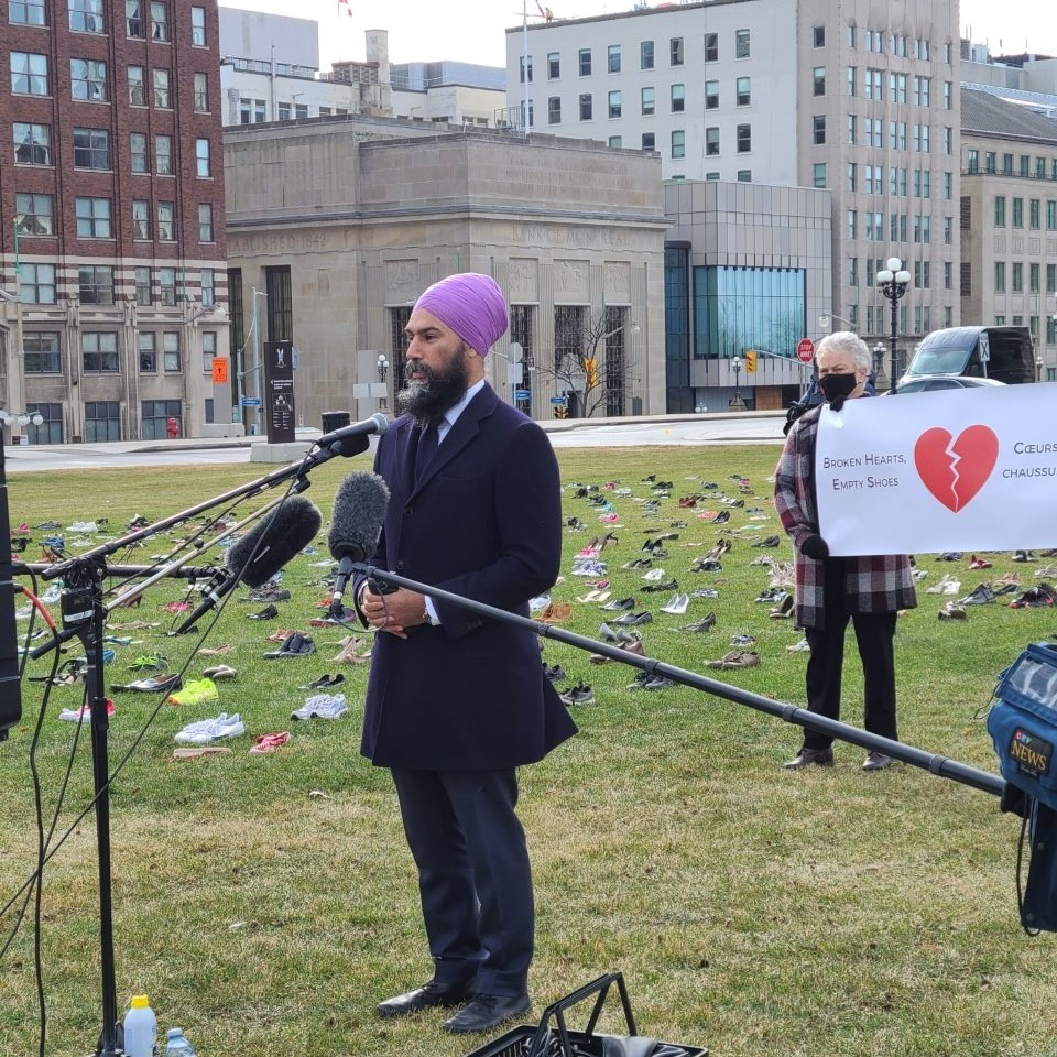 A heartbreaking view on Parliament Hill The shoes behind me symbolize Covid-19 deaths in long-term care homes Profit-driven care is dangerous & it costs lives Liberals must remove the profit from long-term care so that we can save loved ones #Canadians4LTCStandards
