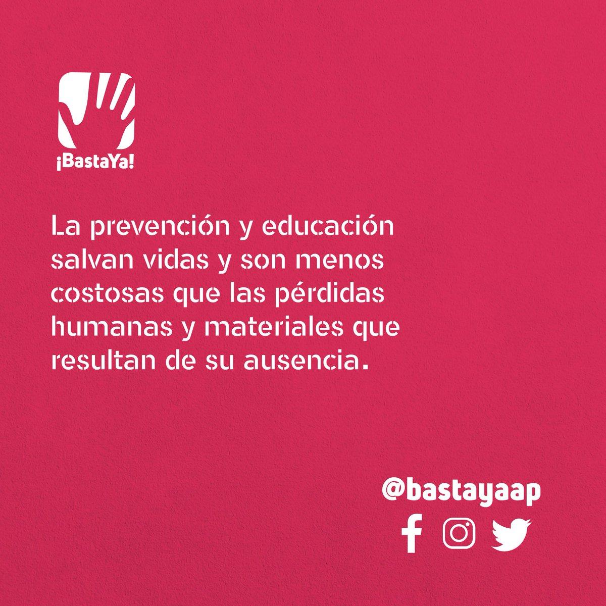 Cada vez que llega la ola invernal al país se ven con claridad el retraso y la negligencia gubernamental en materia de prevención de desastres. 🖐🏽🖐🏻📣  #SOSChocó #SOSSanAndresyProvidencia #SOSCartagena #SOSGuajira #IotaColombia  #PrevenciónDeRiesgos #GobiernoNegligente