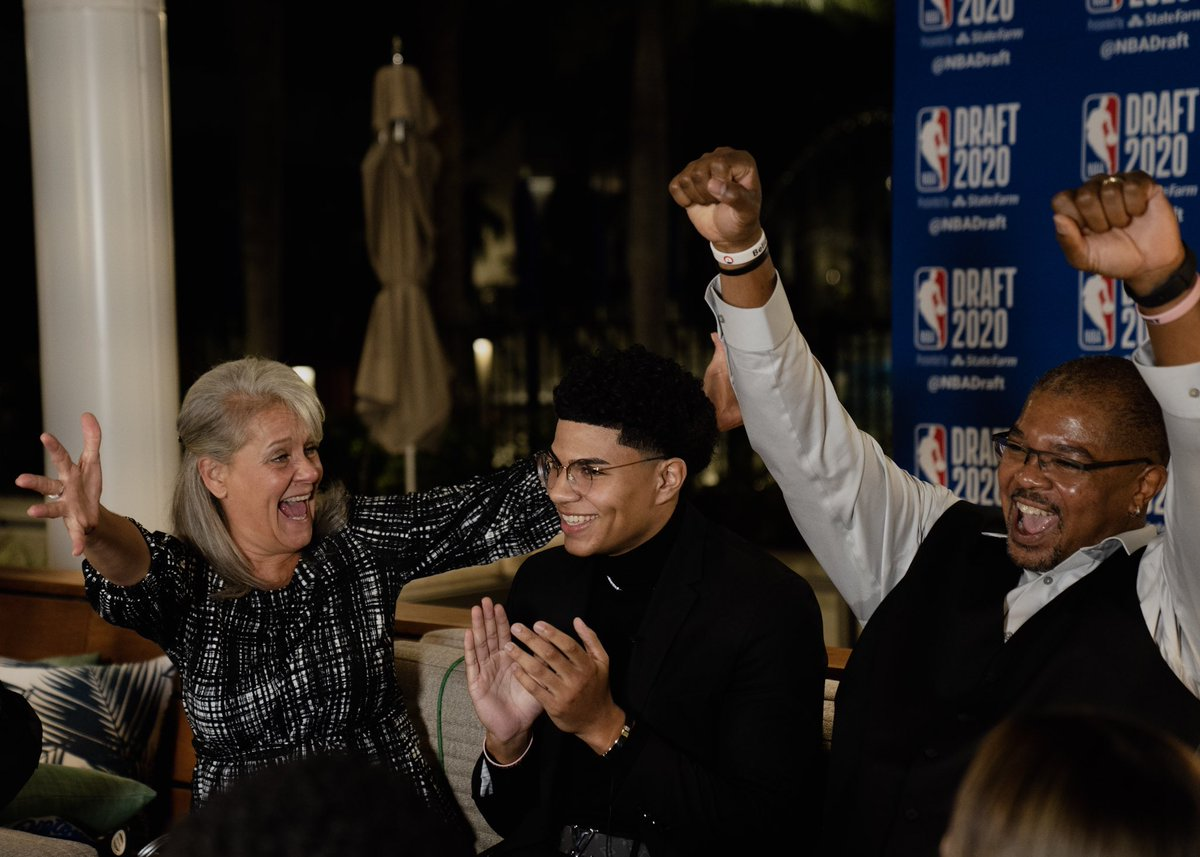 Thank you for all the support and love! As you can see my family and I are really excited to be in Detroit 🙏🏽 #NBAdraft2020
