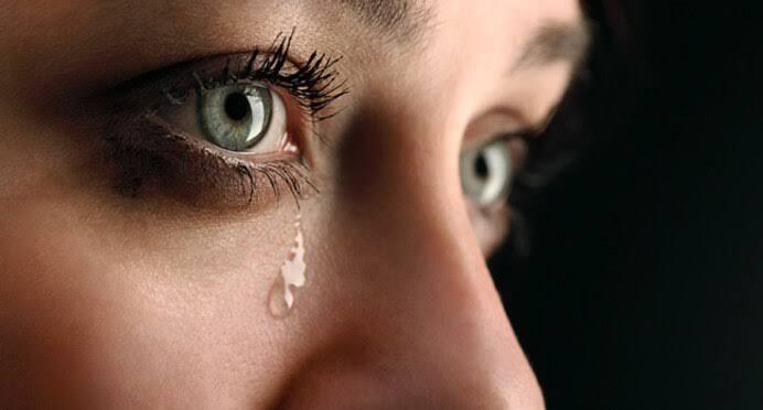 @RahulGandhi आँसू कभी मुफ्त में नही आते, उन्हे भी कोई कारण,  चाहिए होता है, फिर चाहे गम हो या खुशी..)✍🙏