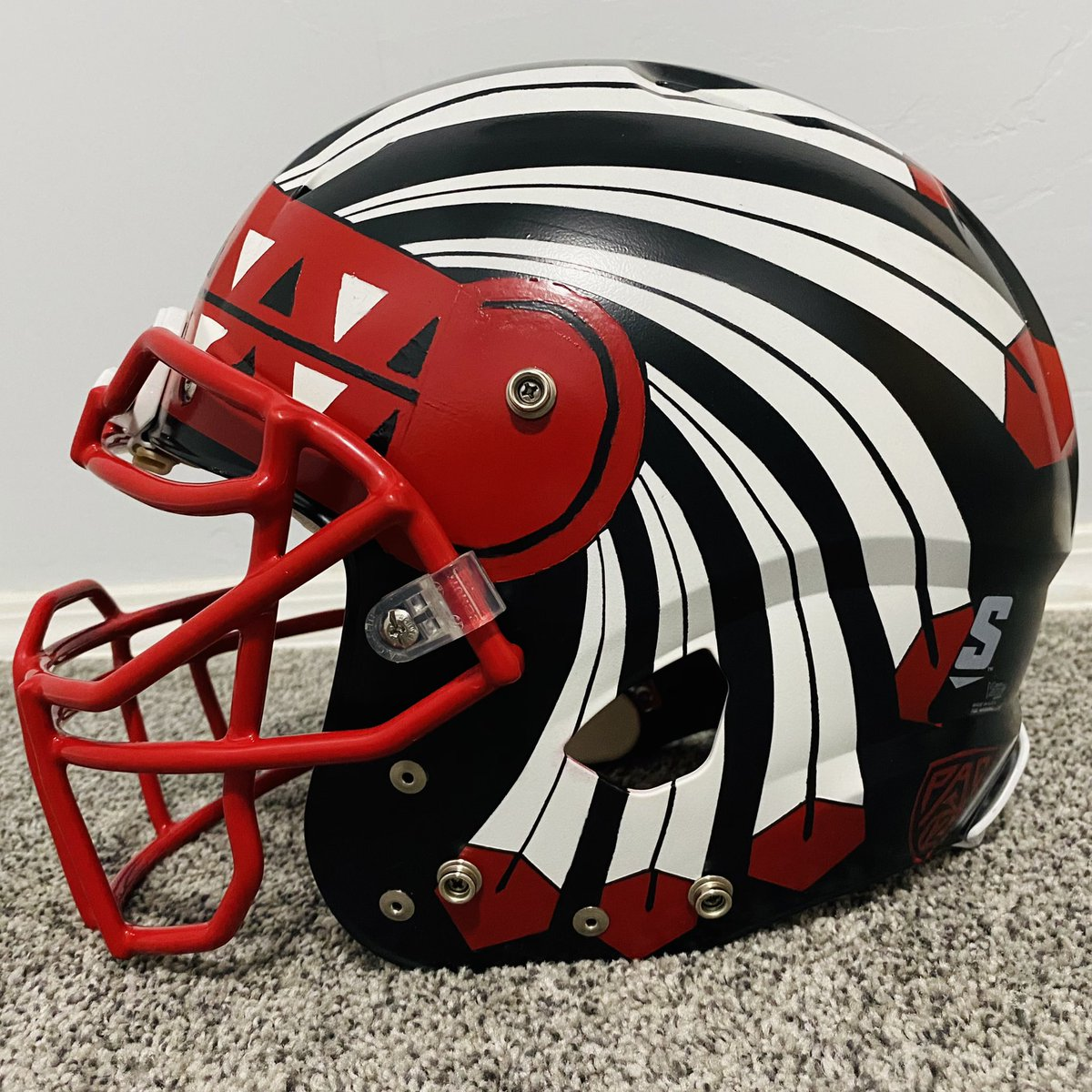 My custom hand-painted Utes helmet... Obviously the inspiration for it came from @dahlelama. Had a black helmet lying around and went for it #GoUtes #UteProud