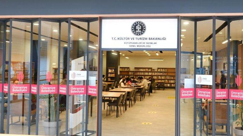 """📣 Bir #AVM kütüphanesini daha okurlarıyla buluşturuyoruz.    Klasik kütüphane mekânlarının dışına çıktığımız alışveriş merkezi kütüphanelerimizin 4'üncüsünü İstanbul Ümraniye'de açıyoruz.   🗓️ 21 Kasım 2020 🕜 13.30  📍""""AKYAKA PARK AVM""""📍  Ayrıntısı👉"""