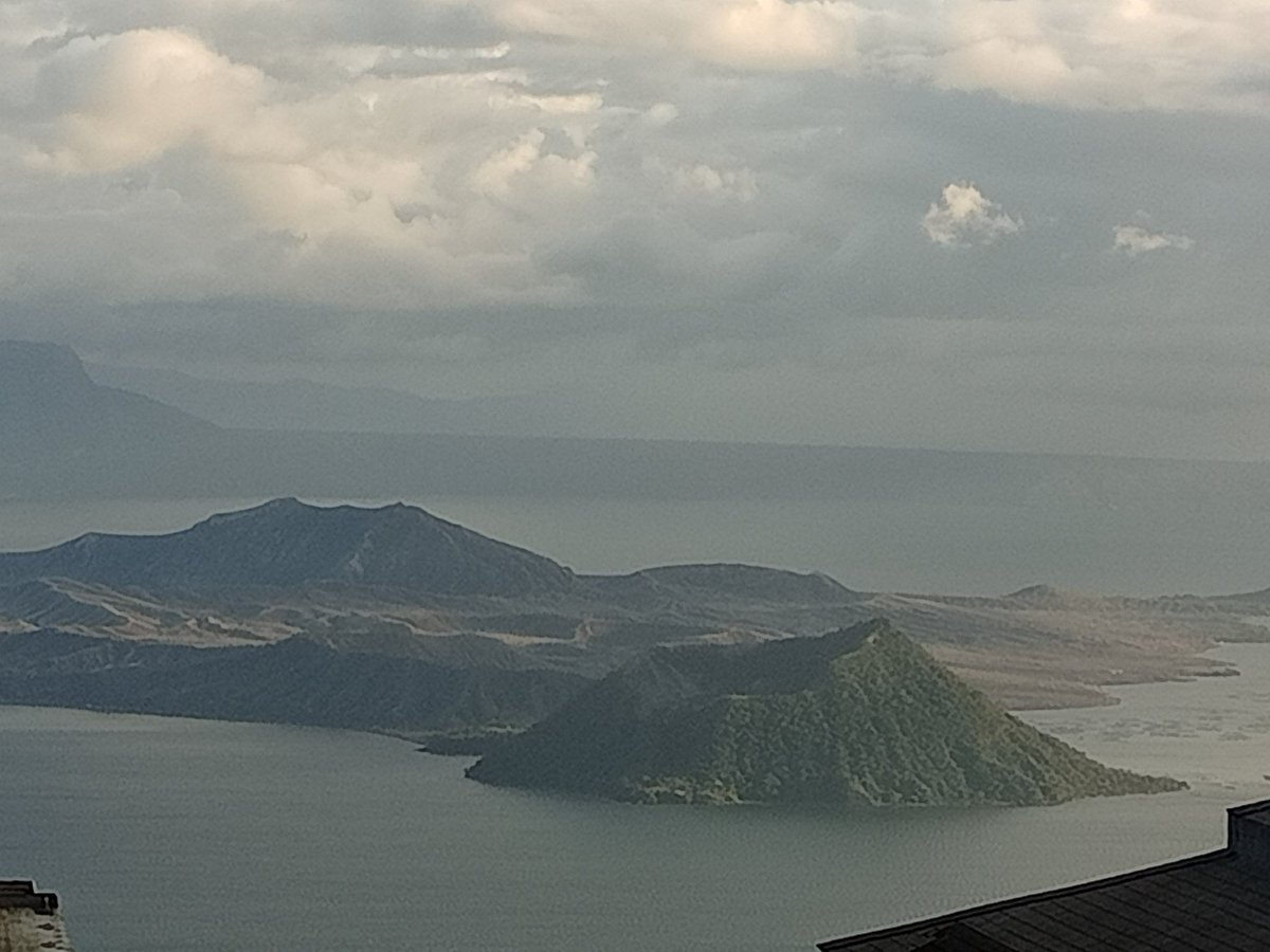 Taal volcano https://t.co/uMm6VYtqcp