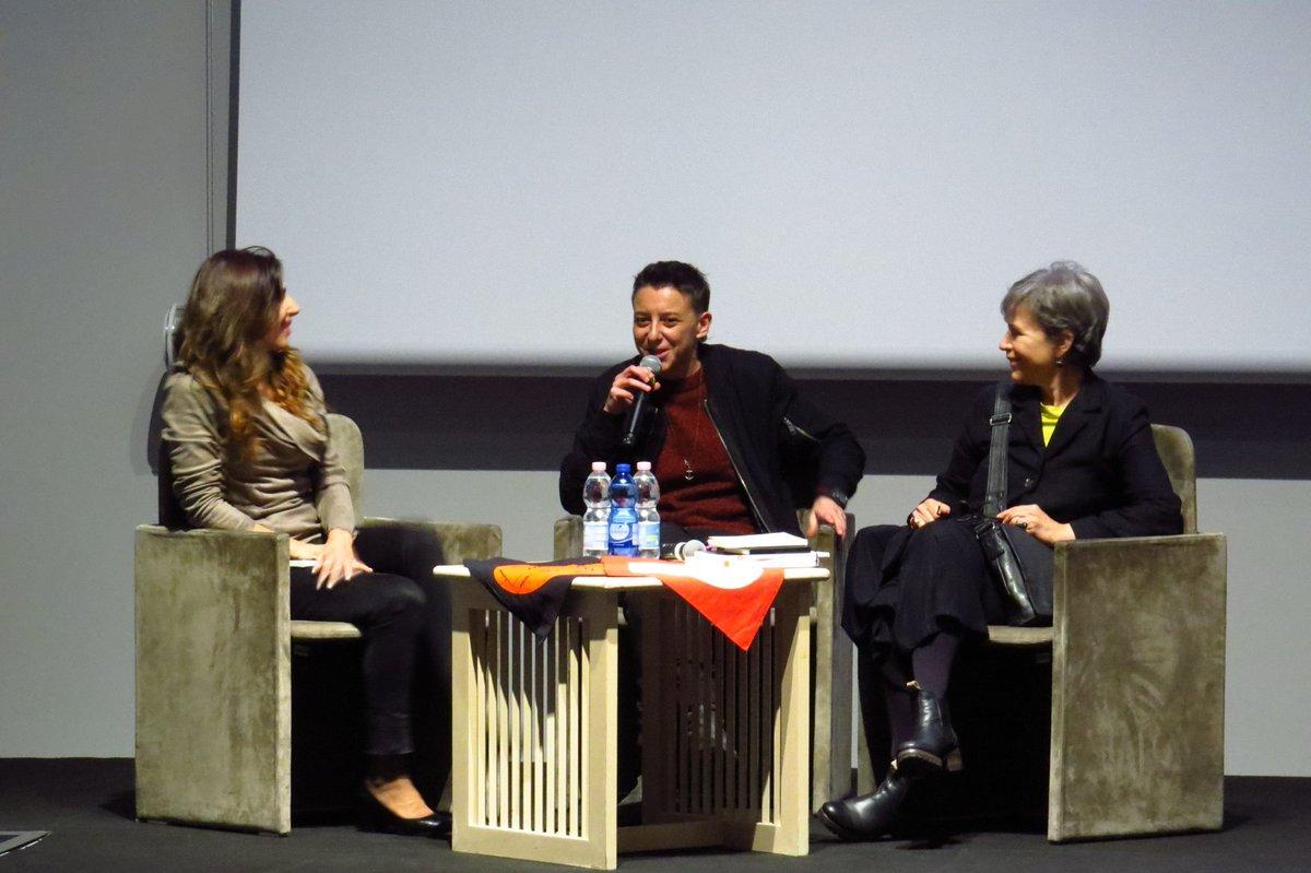 Abbiamo appreso,con dispiacere della morte della regista Valentina Pedicini, Valentina è stata una  amica del Festival, nella foto ci raccontava del suo documentario su Mariella Mehr. Due anni dopo ci regalò invece il film