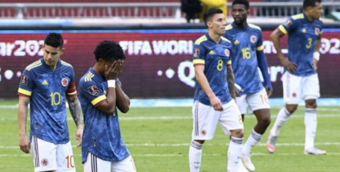 ⚽🇨🇴 La Federación Colombiana de Fútbol salió a aclarar la situación sobre la supuesta pelea entre jugadores de la Selección Colombia. ➡️➡️ https://t.co/LqDcwdcNpx https://t.co/rqfU2MwNwC