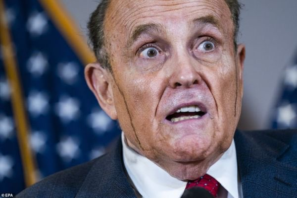 What could be more perfect than #RudyGiuliani showing up in court to expend the final gasps of air of this desperate, failed presidency speaking like some feral, rabid animal… as brown shoe polish oozes from his syphilitic brain? https://t.co/V9IOiaiIkd