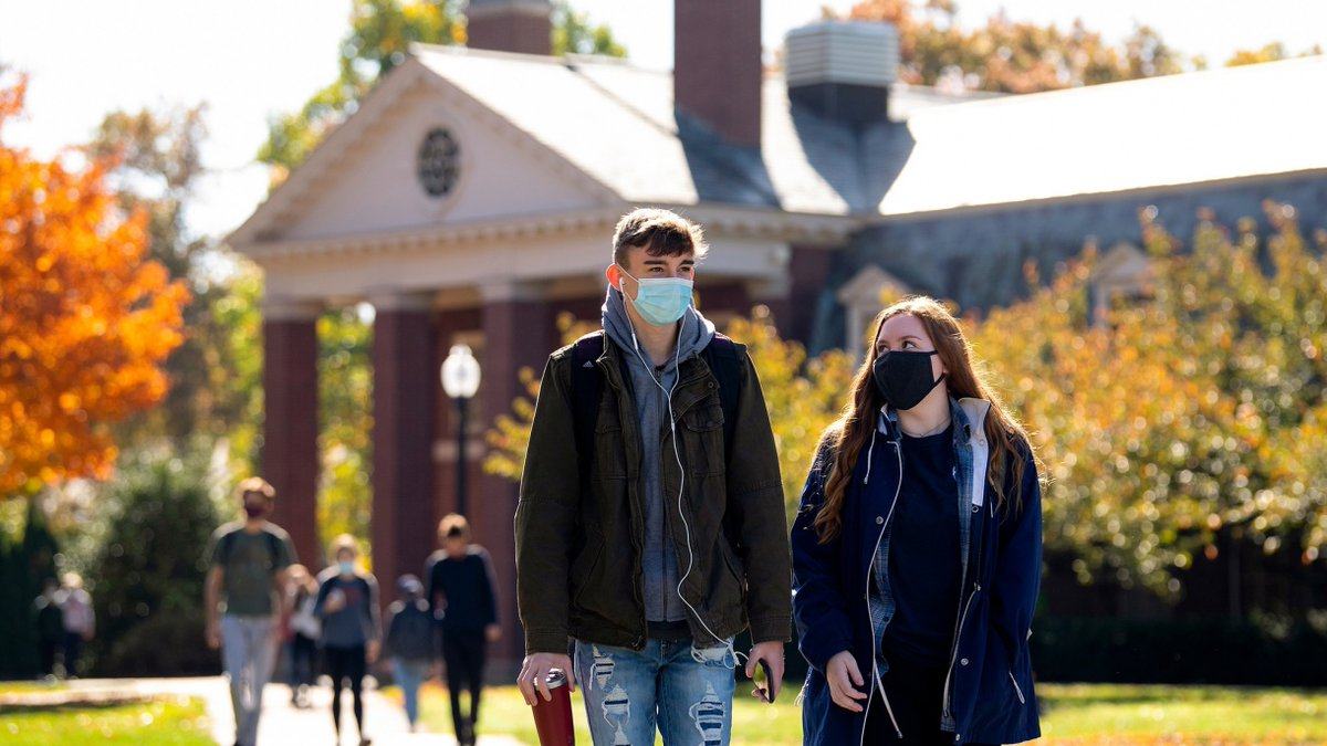 Together, we made it. 🧡💙 Amid a worsening pandemic thats forced many colleges and universities to shift to fully remote education, #Bucknell completed its fall semester classes today, offering in-person instruction to students on campus. Read more: ⬇️ ow.ly/UEdk50CqqON