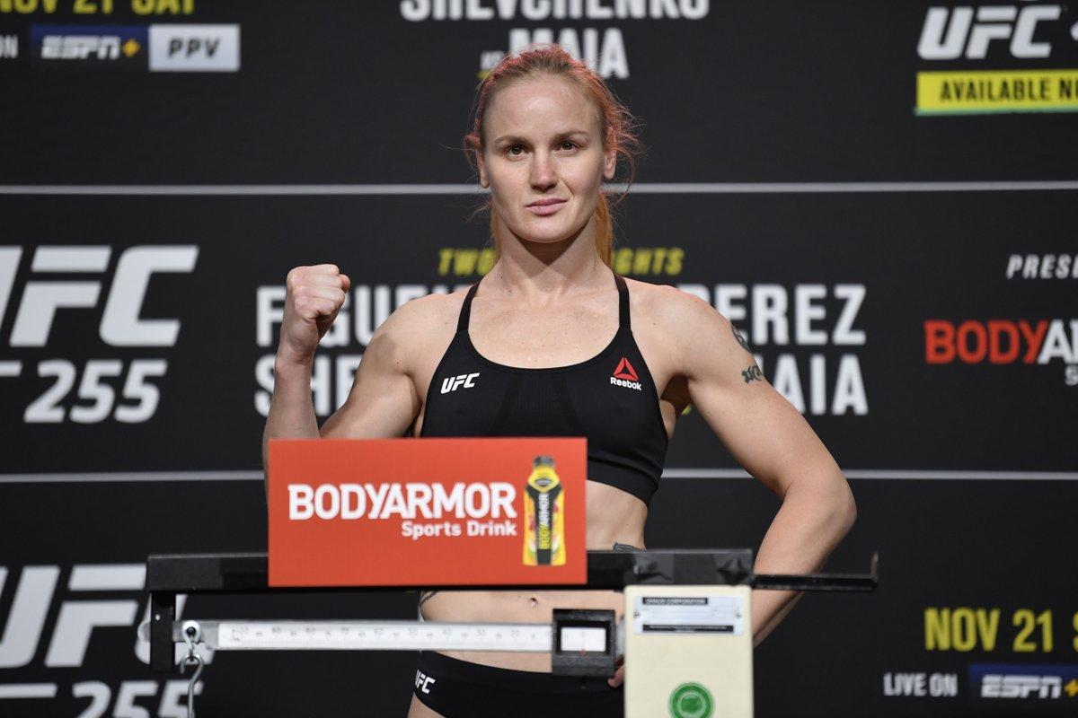 #UFC255 🏆 https://t.co/NtNGDZVhrp