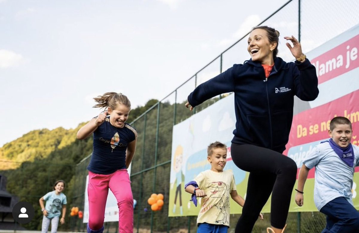Happy #WorldChildrensDay!! ❤️ This is a special time to celebrate the truly beautiful spirit, joy, courage, and endless dreams of our kids! #BelieveinTheirDreams @novakfoundation @DjokerNole https://t.co/MZd0wjIZS6