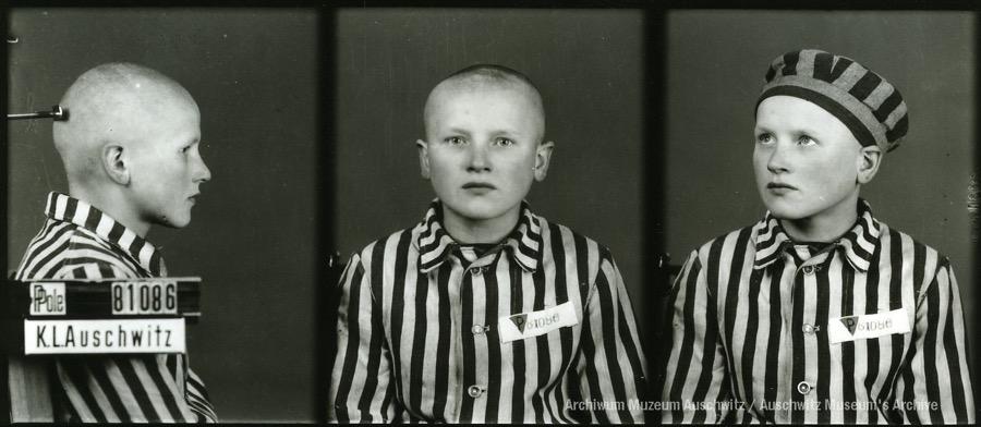 21 November 1925 | Pole Adolf Duchniak was born in Ignacówka. In #Auschwitz from 8 December 1942. No. 81086 In 1944 he was transferred to Sachsenhausen. He survived.
