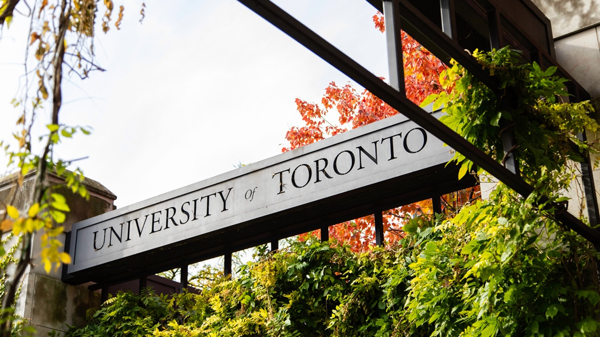 Replying to @UofT: A message from #UofT President Meric Gertler: Looking to January 2021 📆