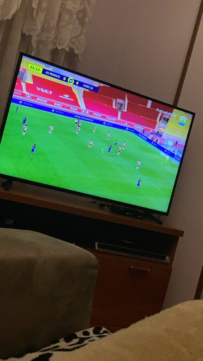Mejor que un Osasuna vs Huesca xd https://t.co/Oe0sCcOKH8