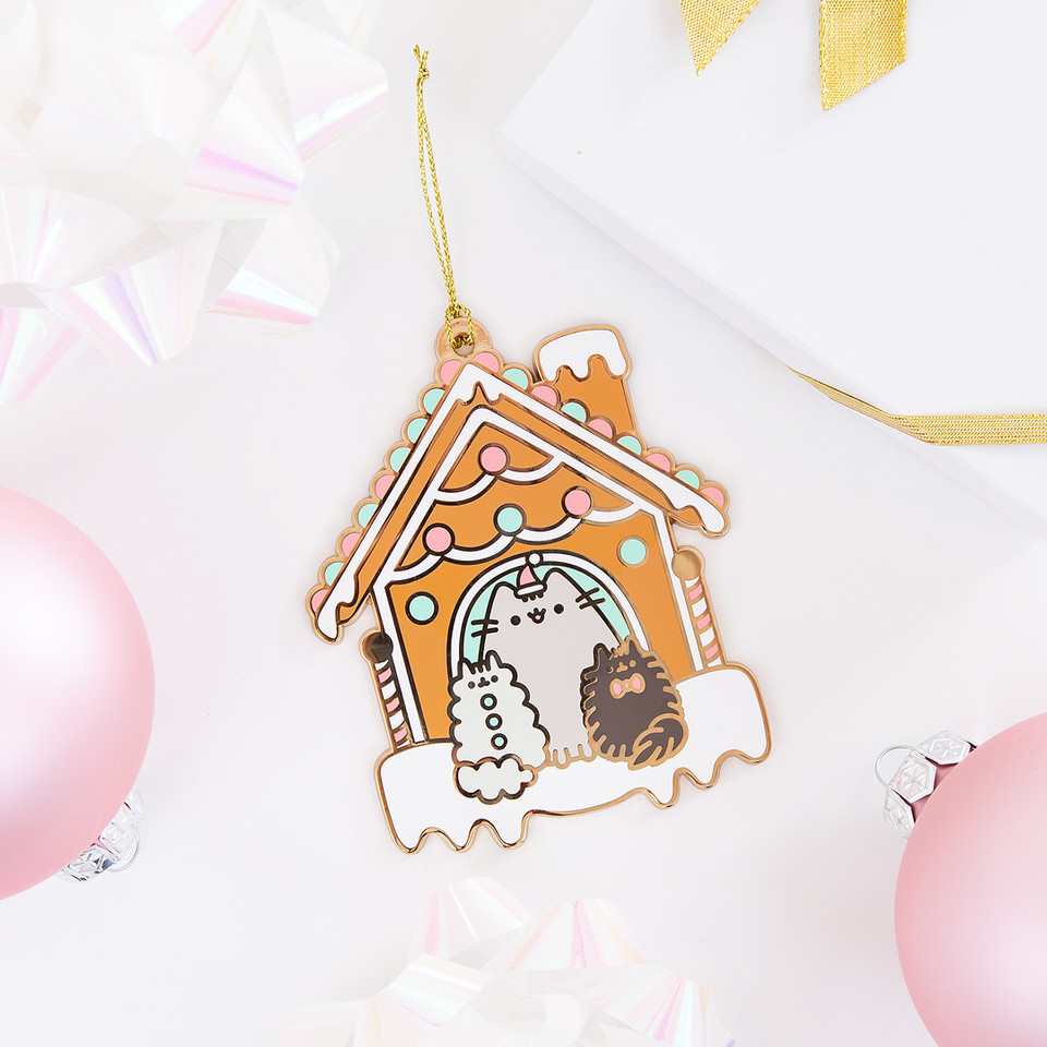 The best #Christmas tree addition is a delightful #Pusheen ornament! 🎄 bit.ly/2UIeHuo