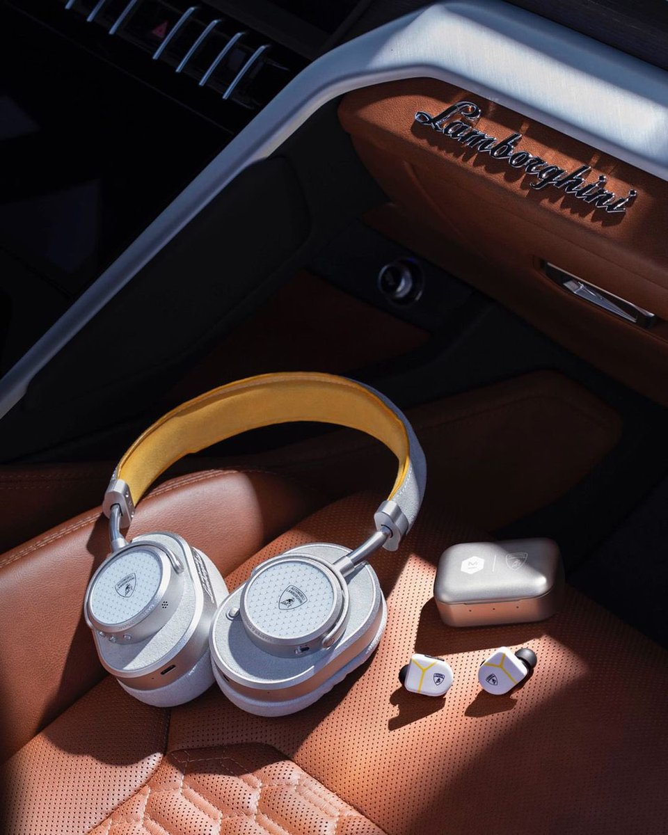 Introducing the @MasterDynamic x @Lamborghini exclusive collection:
