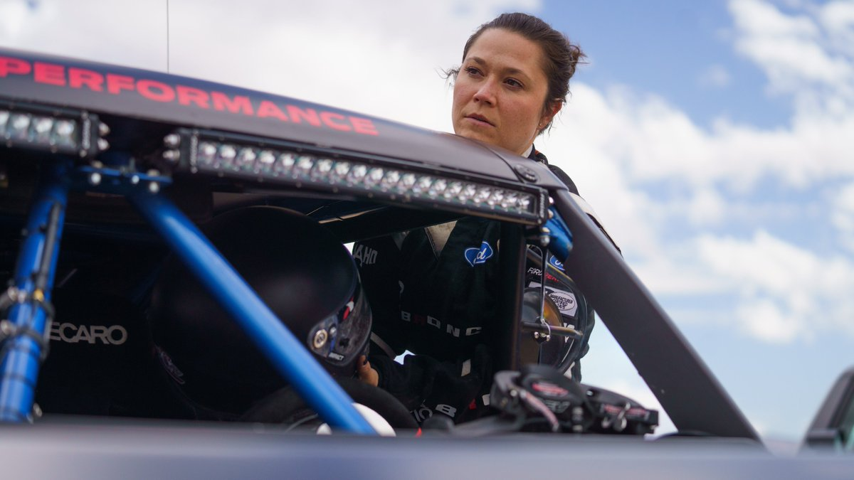 Just beyond the 85-mile marker, Shelby Hall is continuing at the helm. She and her co-driver Scott Conley will take the #BroncoR to #Baja1000 race mile 205. https://t.co/keLKkKPKwh