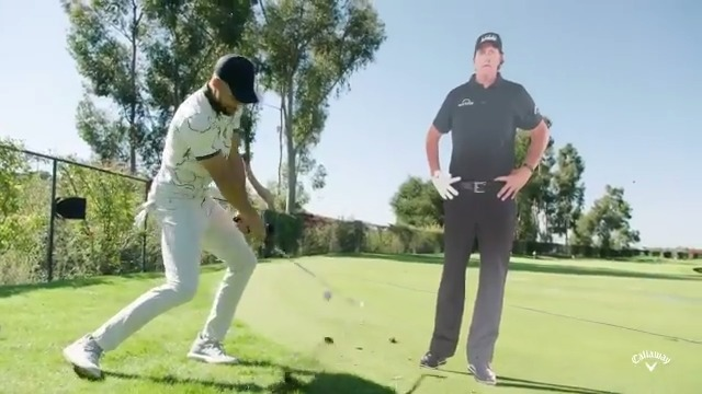 """Count it! 👌😂 The """"Phlop Shot"""" gets the @StephenCurry30 treatment. Look out @PhilMickelson....he's comin' for you. #TheMatch #ChampionsForChange"""
