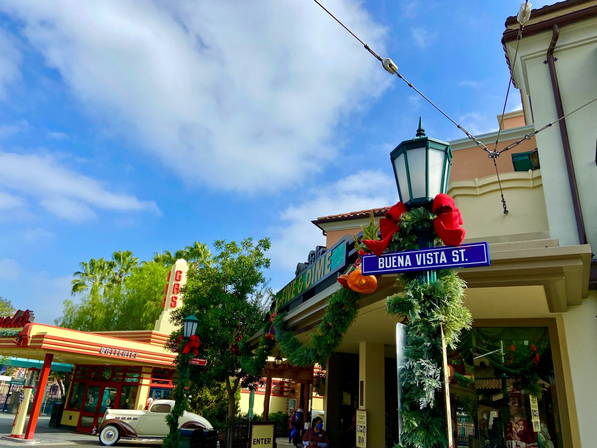 ICYMI: Everything you need to know before you visit Buena Vista Street at @Disneyland Resort: