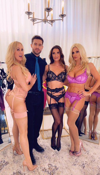 ❤️ Had an Amazing Shoot Day Yesterday with the One and Only @brandi_love along with the super sexy @thesilviasaige