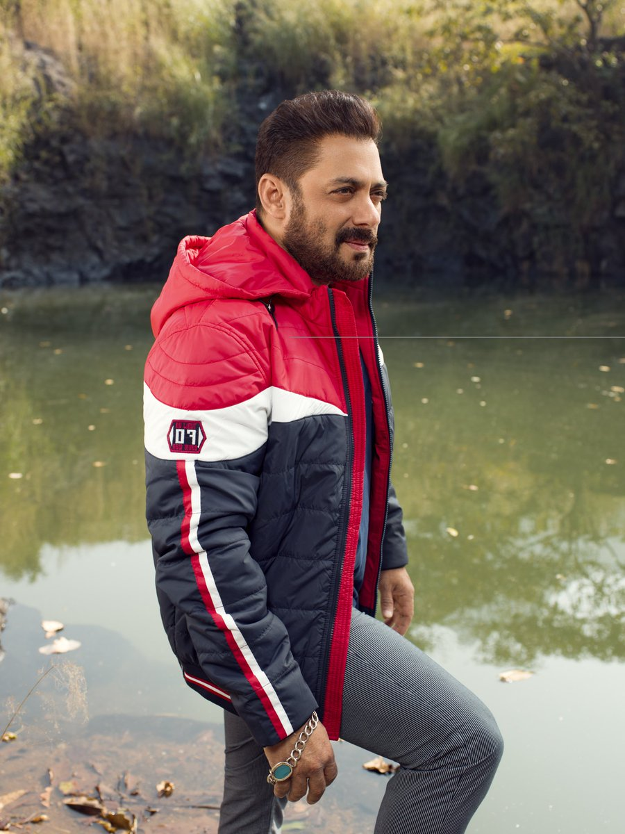 Aur jaisay mainay bola tha, le kar aye hain aapke liye, Being Human Clothing ki Autumn Winter Collection. Hope you guys like it.  Available in-stores & at   @bebeinghuman  Stay fit, stay safe.