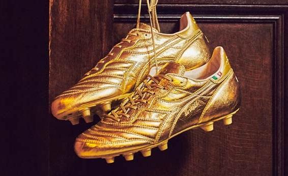 ディアドラ サッカースパイク『BRASIL ITALY GOLD PACK』メタリックゴールドのレザーアッパーの限定カラーが海外で発売!全世界56足の数量限定 (※すでに完売)