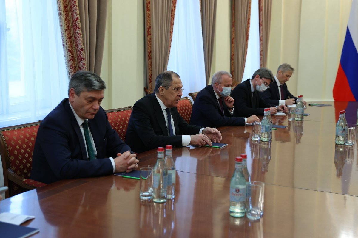 Mfa Russia On Twitter Foreign Minister Sergey Lavrov Held A Meeting With Minister Of Foreign Affairs Of The Republic Of Armenia Ara Ayvazyan Russiaarmenia Yerevan Nagornokarabakh Https T Co 9gblnc7dtn