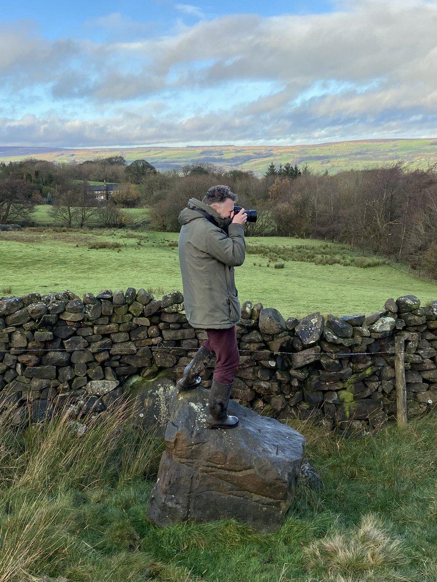 The walking photographer @JustinLeeming #yorkshirelandscape