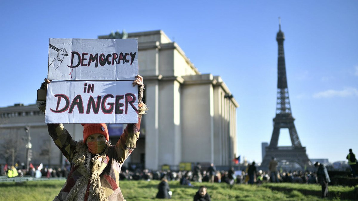 Rights groups, press freedom advocates protest against French security bill f24.my/76Cg.t