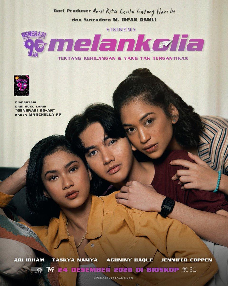 Generasi 90-an Melankolia akan hadir di bioskop mulai 24 Desember 2020.  Film produksi @VisinemaID ini berkisah tentang tokoh Abby (Ari Irham) yang dilanda kesedihan pasca kehilangan sosok kakaknya, Indah (Aghniny Haque) yang tewas dalam sebuah kecelakaan pesawat.  #ComingSoon