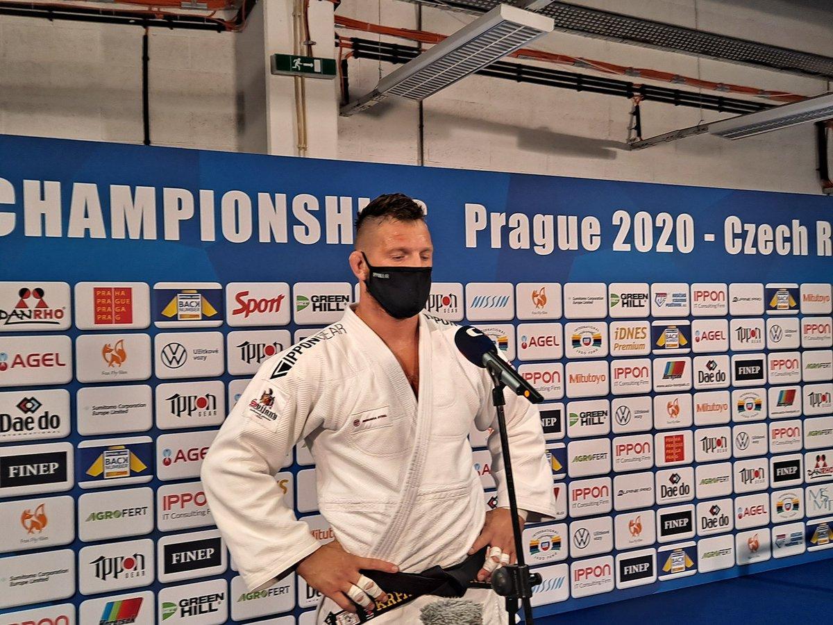 Lukáš Krpálek bude na ME bojovat o bronz. V opravách porazil Izraelce Sassona v golden skóre na ippon. Vse uslyšíte na @Radiozurnal1 https://t.co/KuIwD00qby