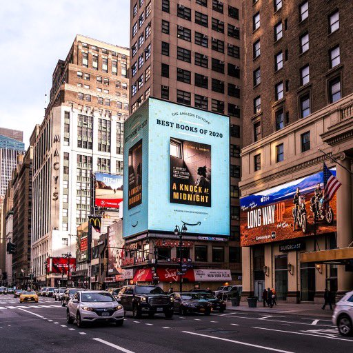 Let's gooooo!!!!! 6 story billboard outside of Penn Station in NYC! You did it Britt! I'm so proud! @msbkb Get this book NOW!! LOVE