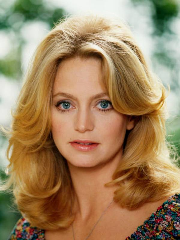 HAPPY BIRTHDAY GOLDIE HAWN ! November 21st 1945 75 YEARS YOUNG !