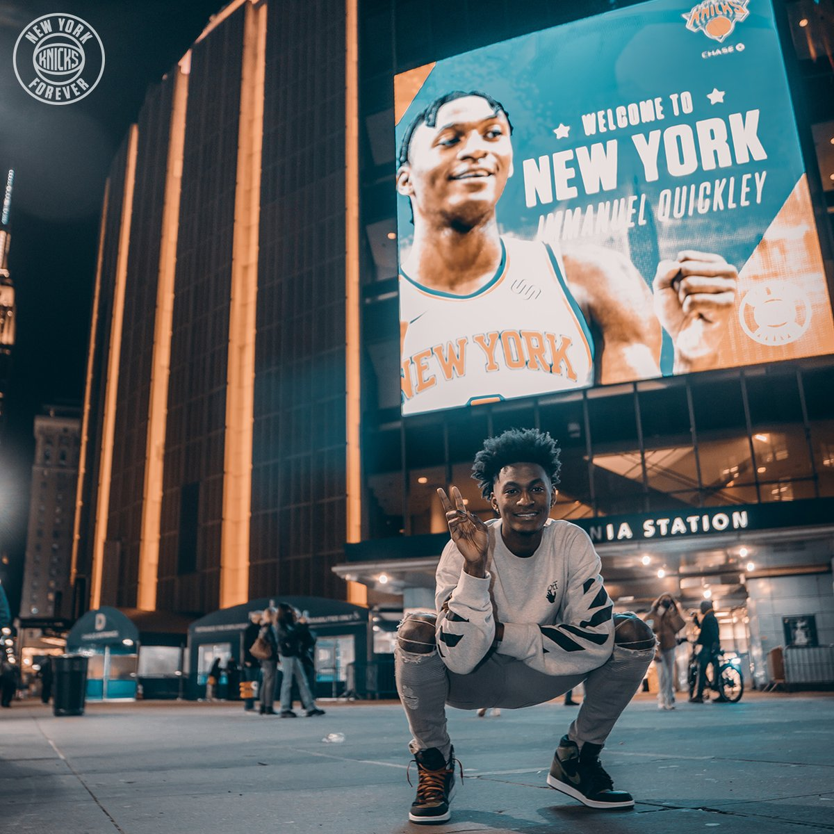 Replying to @nyknicks: Living the dream.