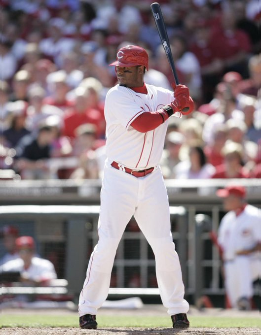 Happy Birthday to the Ken Griffey Jr. !
