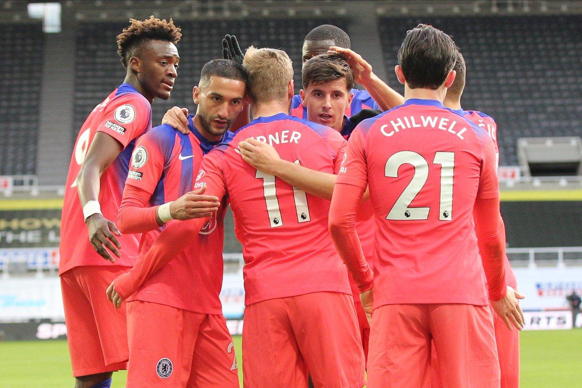 Newcastle 0-2 Chelsea: Lần đầu lên đỉnh
