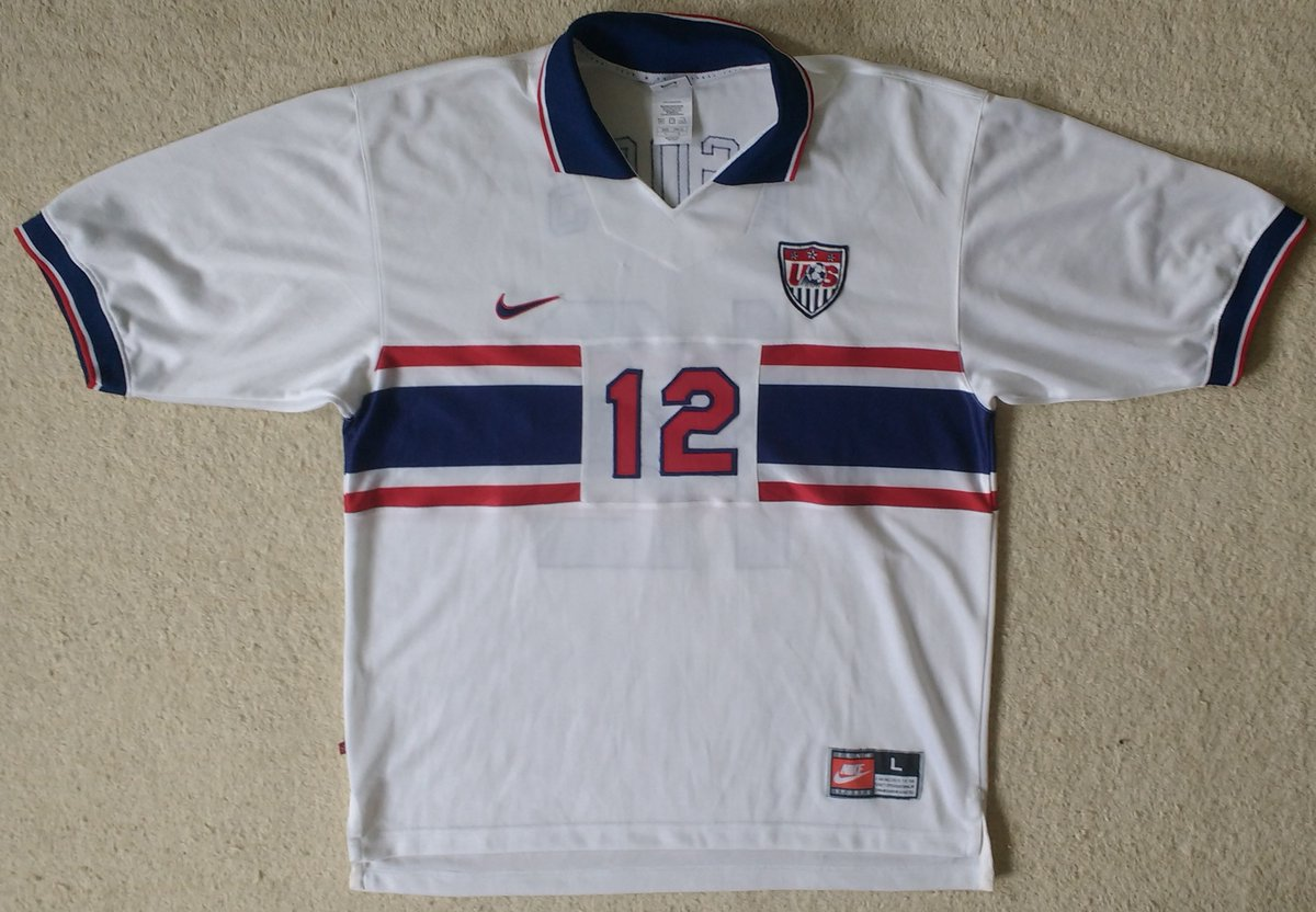 USA 🇺🇸 From one CONCACAF powerhouse to another. Between the two, what haven't they won in CONCACAF? Very little, though you wouldn't guess it from some of their shirts. Peaked in 1994 and the rest since has been underwhelming.  https://t.co/3sz3seRbw7 https://t.co/2aGdEIqhCR