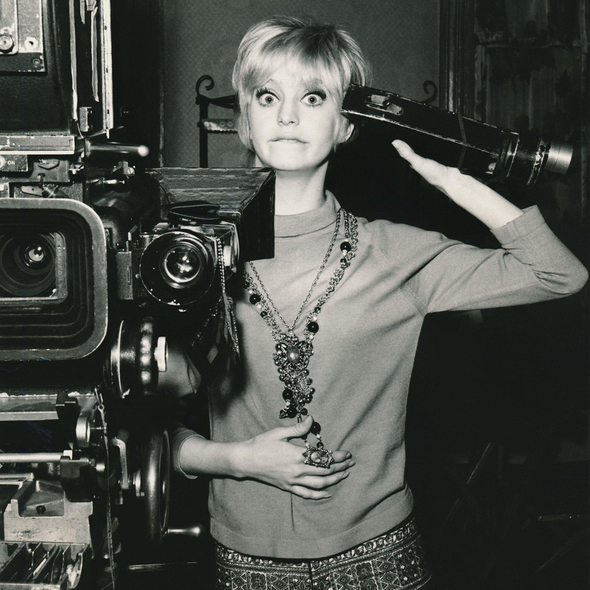 Happy birthday, Goldie Hawn!