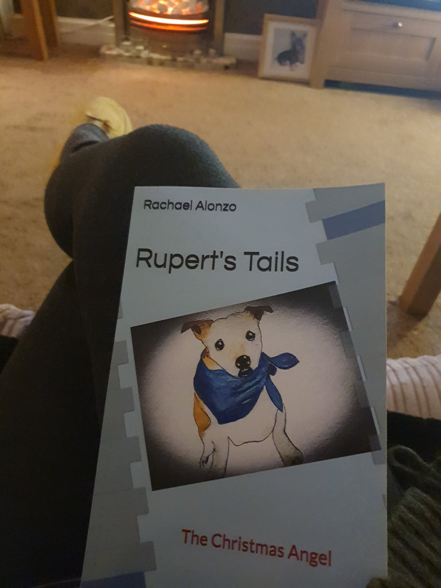 @WeatherDog3 look what came today 🙌🏼❤ so my slippers are on, my fire's on so time to snuggle up for a read 👍🏼🥰 xxx  @Art71Rachael xxx too! 😊