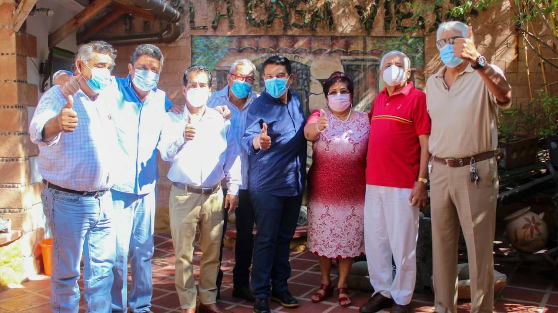 Encuentro con mis amigos miembros del Consejo de expresidentes municipales de #Zihuatanejo. ¡Gracias! #VamosConTodo https://t.co/f7cbDXmJsG