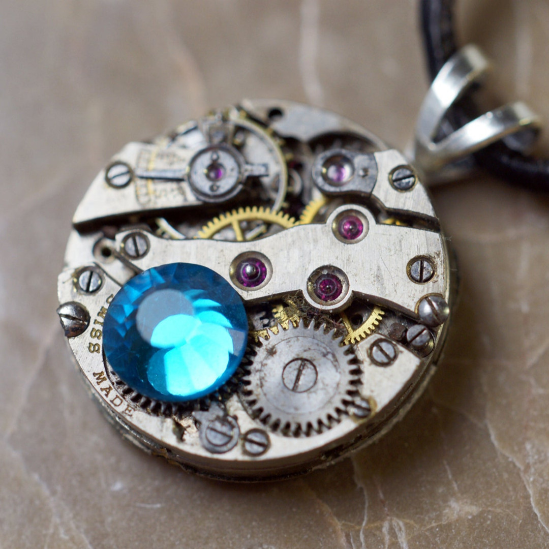 Steampunk Re-purposed Necklace Pendant Vintage on Etsy  https://t.co/GigQnQ146n  #steampunk #pendant #pocket #watch #repurposed #jewelry #Time #Movement #Jewels #Vintage #Crystal #Swavorski #Necklace #Pewter