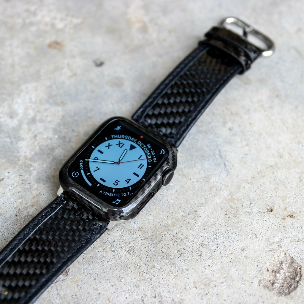 If your watch isn't decked out in carbon fiber like this one, it's time for the carbon fiber #upgrade! ⌚️ These add-ons are light as a feather, super quick to install, protective and the easiest way to give your Apple Watch an impressive look. 💎 • … https://t.co/nxiptbO3D2 https://t.co/gHEZgWjRCK